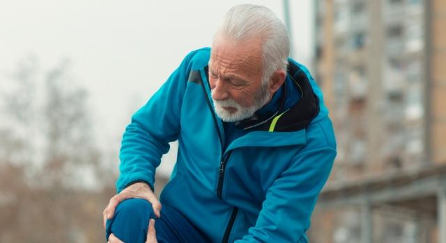 Uzmanından 'menisküs yırtığı' uyarısı: Spor yapılan zemine dikkat edilmeli