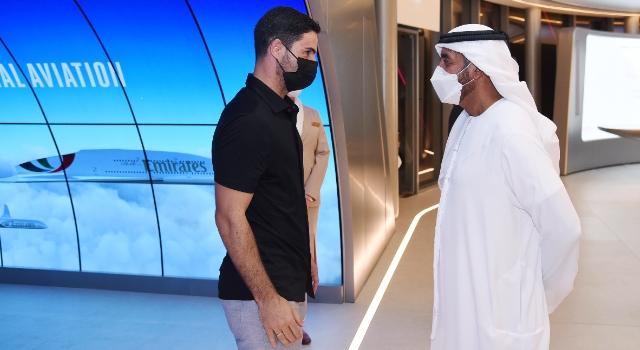 Emirates, Expo 2020 Dubai Pavyonu'nda Arsenal FC Teknik Direktörü Mikel Arteta'yı ağırladı